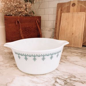Vintage Pyrex Casserole Dish, Snowflake Blue for Sale in Groveland, FL