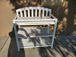 Diaper Changing table for baby for Sale in San Diego, CA