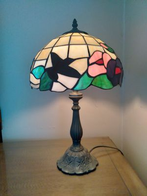 Stained glass lamp for Sale in Hackensack, NJ