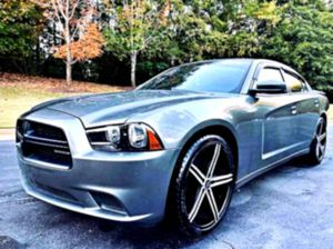 well maintained 2012 Dodge Charger SXT for Sale in Athens, GA