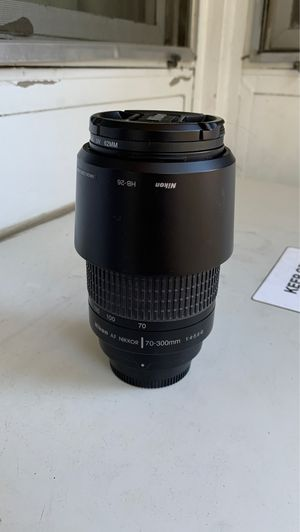 Nikon NIKKOR 70-300mm lens w/ UV filter & hood for Sale in San Diego, CA
