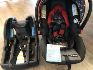 Graco Click Connect 30 LX + base for Sale in Bothell, WA