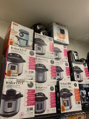 Instant Pot / Air Fryers for Sale in Las Vegas, NV
