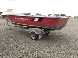 Star craft aluminum boat motor and trailer for Sale in Essex, CT