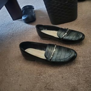 Kenneth Cole Shoes New Size 8.5 $10 for Sale in Lathrop, CA