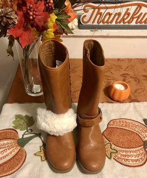UGG BOOTS SIZE 2 GIRLS for Sale in Alexandria, VA