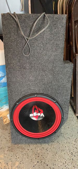 "Cerwin Vega 12"" subwoofer and Dodge Ram box for Sale in Westerville, OH"