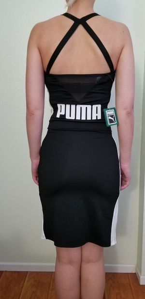 BLACK COCKTAIL DRESS WITH GOLD ZIPPERS SIZE SMALL for Sale in Glendale, CA