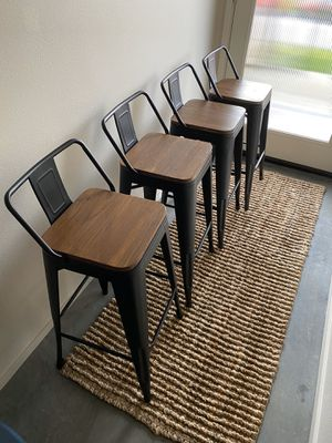 4 Counter Height Barstools for Sale in Seattle, WA