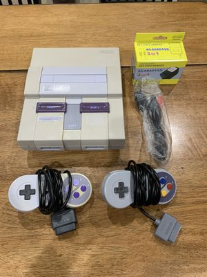 Super Nintendo SNES SNS-001 Console w/ 2 Controllers and Power AV Cords for Sale in Newark, CA