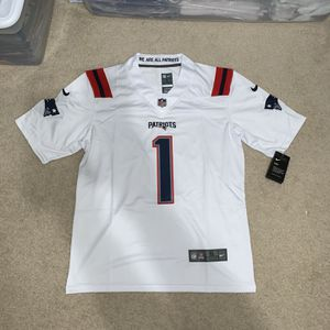 Cam Newton New England Patriots Jersey for Sale in Temecula, CA