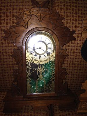 2 antique wall clocks for Sale in Las Vegas, NV