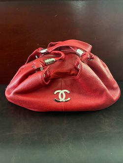 Chanel leather bag for Sale in Lake Oswego,  OR