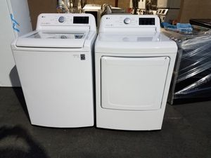 LG top load washer gas dryer for Sale in Tustin, CA