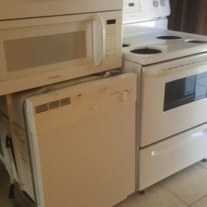 Barely Used Oven With Stove Top, Dishwasher, Microwave $450 For All 3 for Sale in Naples, FL
