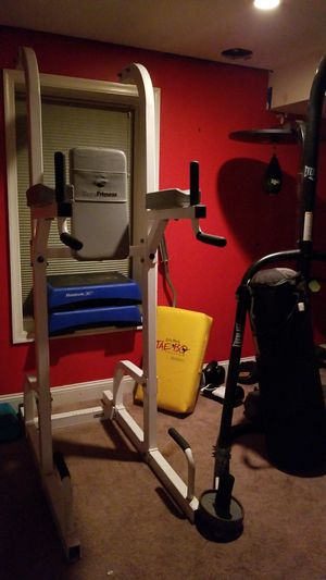 Workout station 4000 obo for Sale in Upper Marlboro, MD