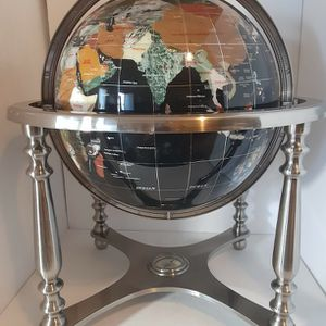 """GEM STONE GLOBE WITH COMPASS 20"""" HIGH for Sale in Hesperia, CA"""
