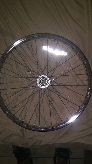 Single chrome back 20 inch rim double wall rim. Great condition. for Sale in North Las Vegas, NV