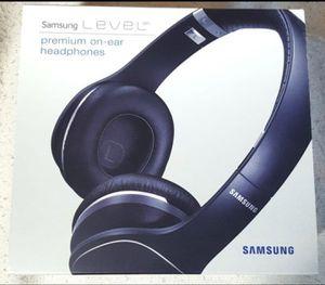 SAMSUNG LEVEL PREMIUM HEADPHONES for Sale in Bellevue, WA
