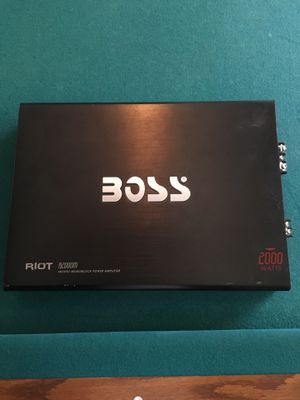 2000 watts boss amp (blown) for Sale in Rockville, MD