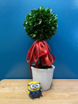Faux table plant (new) for Sale in Lynnwood,  WA