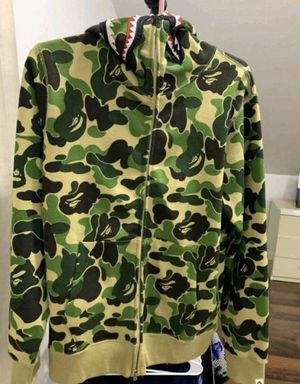 Bape hoodie zipper size L brand new for Sale in The Bronx, NY
