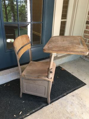 Antique Irwin Student Desk for Sale in Burke, VA