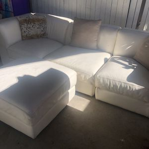 Couch for Sale in Glendora, CA
