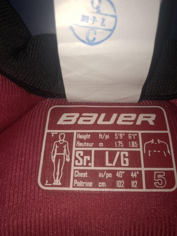 Bauer x800 lite shoulder pads senior size large
