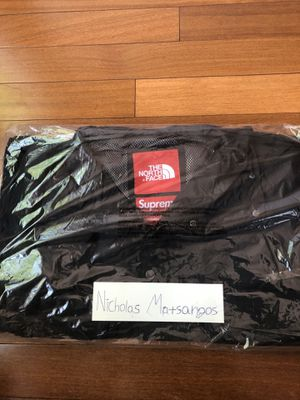 Supreme North Face Cargo Jacket Black Size Medium for Sale in Brooklyn, NY