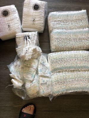Kirkland and ello bello diapers for Sale in Richmond, CA