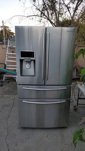 Semi. Nuevo for Sale in Phillips Ranch, CA