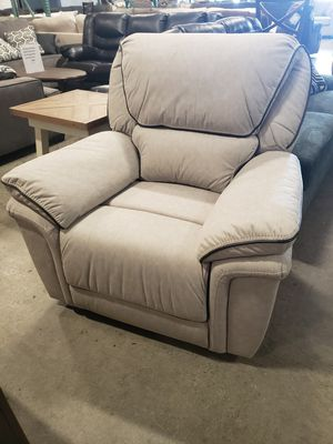New power reclining chair tax included for Sale in Hayward, CA