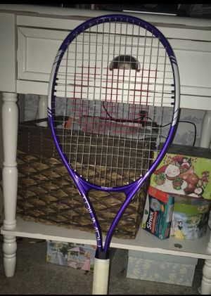 Tennis racket for Sale in Waldorf, MD