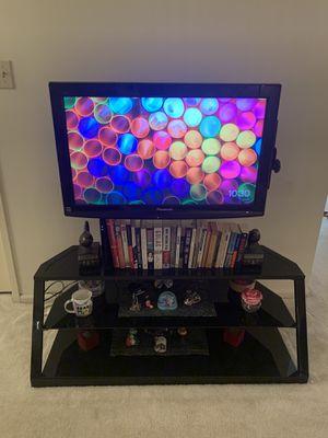 32-inch Panasonic LCD TV tc-l32c22 for Sale in West McLean, VA