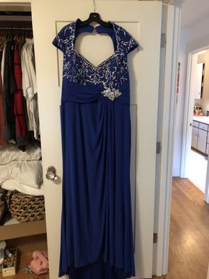 Plus size mother of the bride dress for Sale in Wenatchee, WA