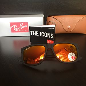 New Polarized Justin Ray-Ban RB4165 Size 54 for Sale in La Puente, CA