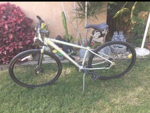 Mongoose Sabrosa mountain bike with disc brakes for Sale in City of Industry, CA