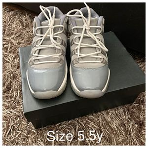 Jordan 11s size 5.5y for Sale in St. Louis, MO
