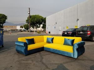 NEW 7X9FT VELVET PEACOCK FABRIC COMBO SECTIONAL COUCHES for Sale in Corona, CA