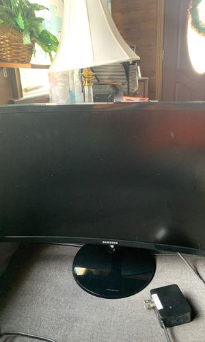Samsung curved monitor for Sale in Wilmington, NC