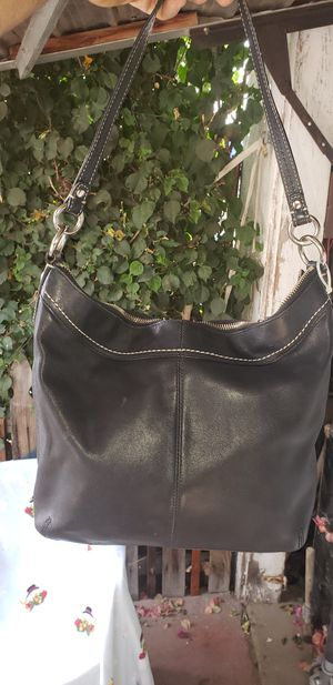Coach hand shoulder purse in excellent condition for Sale in Bakersfield, CA