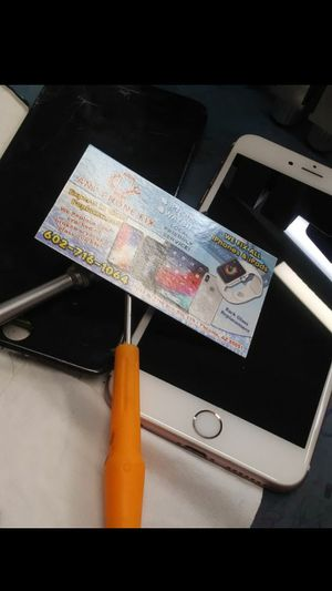Iphone 5c. Ipad 2 for Sale in Phoenix, AZ