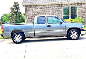 ֆ12OO 4WD CHEVY SILVERADO 4WD for Sale in Fort Worth, TX