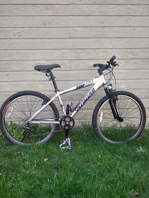 Specialized hardrock men's mountain bike for Sale in South Euclid, OH
