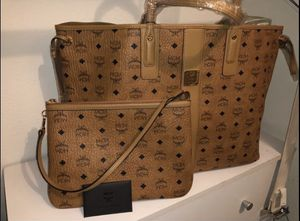 MCM Large Liz Shopper For Sale for Sale in Hawthorne, CA
