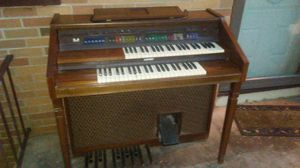 Lowrey organ for Sale in Knoxville, TN