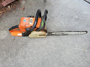 THIS 021 GAS SHAIN SAW. SIERRA DE GAS for Sale in Lawrenceville, GA