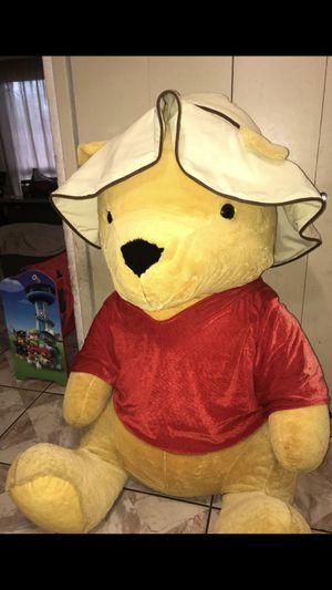 Giant Winnie Pooh 4ft for Sale in San Antonio, TX
