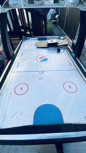 Air hockey table for Sale in Garden Grove, CA